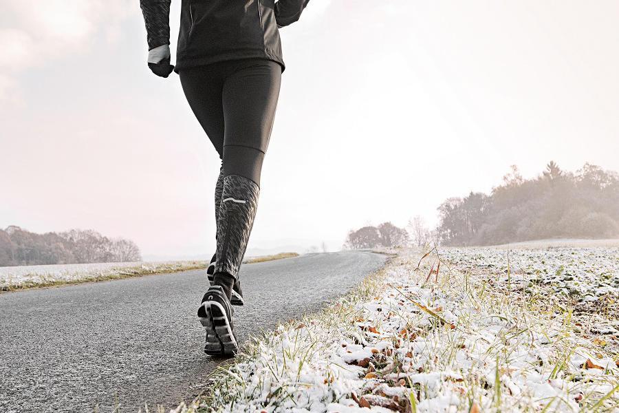 Falsche Schuhe beim Laufen tragen