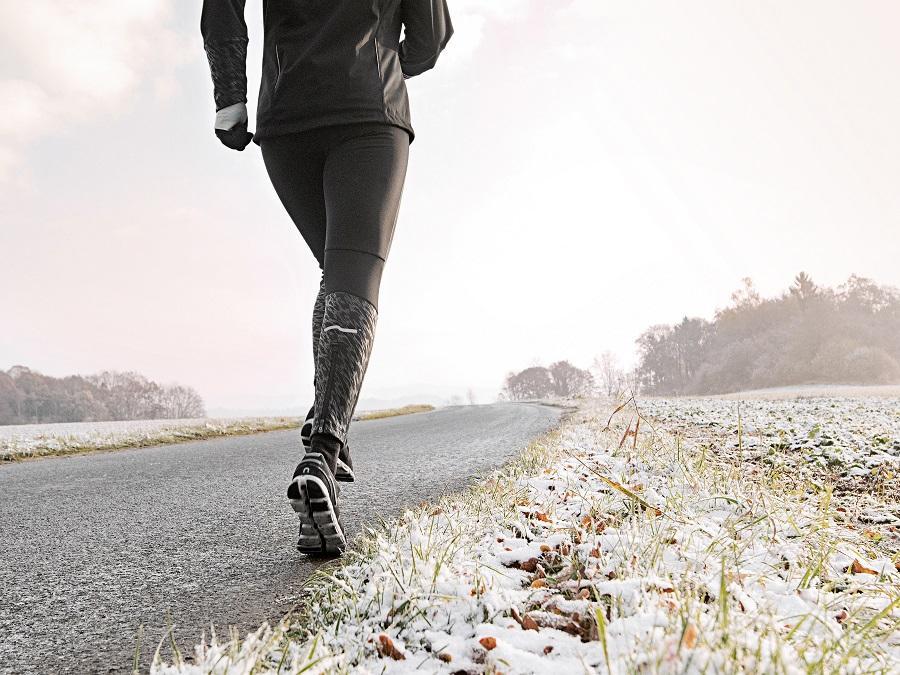 Laufschuhe bei Schnee und Kälte