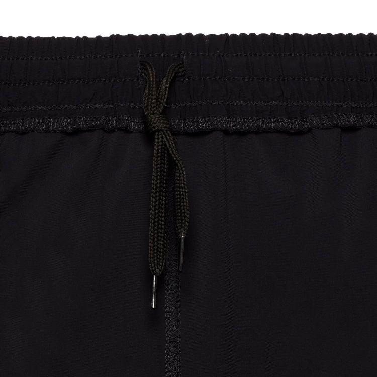 TAO Sportswear - BENE - Lockere Laufshort mit UV-Schutz und Gesäßtasche - black