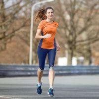TAO Sportswear - KAWAI - Atmungsaktive 3/4-Lauftight mit Reißverschlusstasche - blueberry
