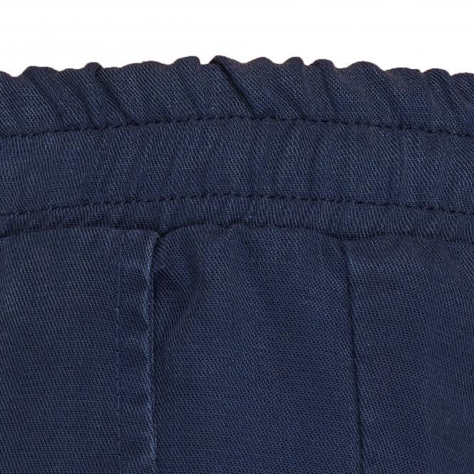TAO Sportswear - FINJA - Kurze Freizeithose aus Holzfasern - navy