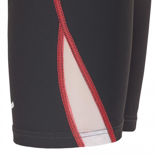 TAO Sportswear - MAILA - Enge, kurze Laufhose aus dem Meer - titanium