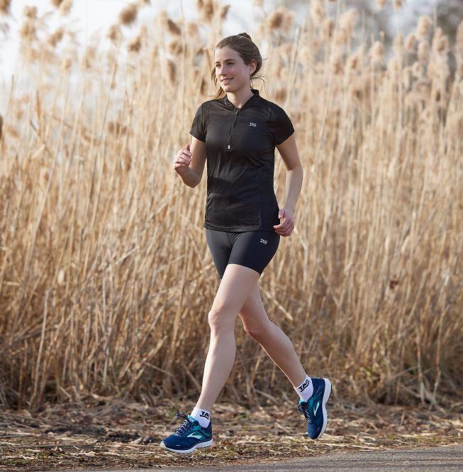 TAO Sportswear - GAMA - Körpernahe Lauftight mit feststellbarer Reißverschlusstasche - black